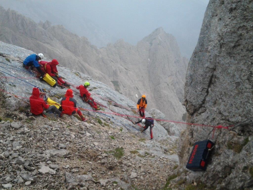 20130706-grs-intervencija-zaplezana_alpinista-jv_stena_planjave_02